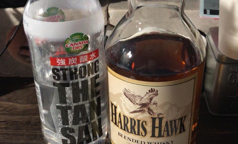 炭酸水とウイスキー