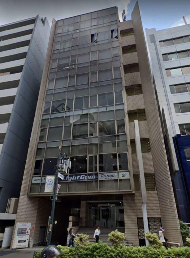 新宿南口店外観