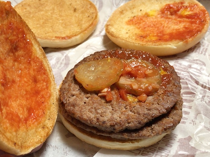 『夜マックは損するよ。』 倍ハンバーガーVSハンバーガー2個 期間はいつまでお得に買えるの?
